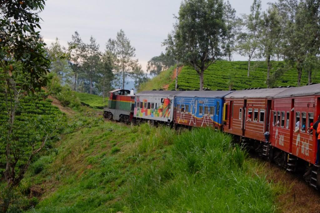 SriLa Train DSCF9052